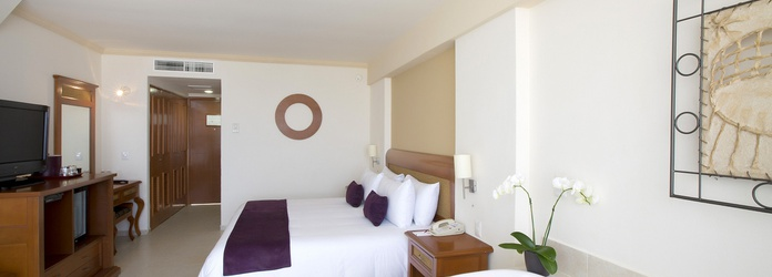 Club Room Golden Parnassus All Inclusive Resort & Spa Hotel - Cancún