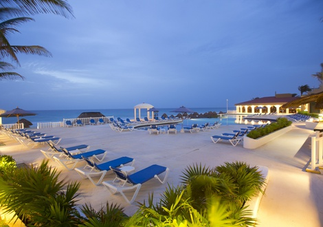Golden Parnassus All Inclusive Resort & Spa - Swimming pool Golden Parnassus All Inclusive Resort & Spa Hotel Cancún