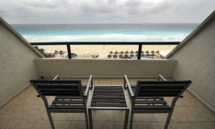 Club room with sea view Golden Parnassus All Inclusive Resort & Spa Hotel Cancún