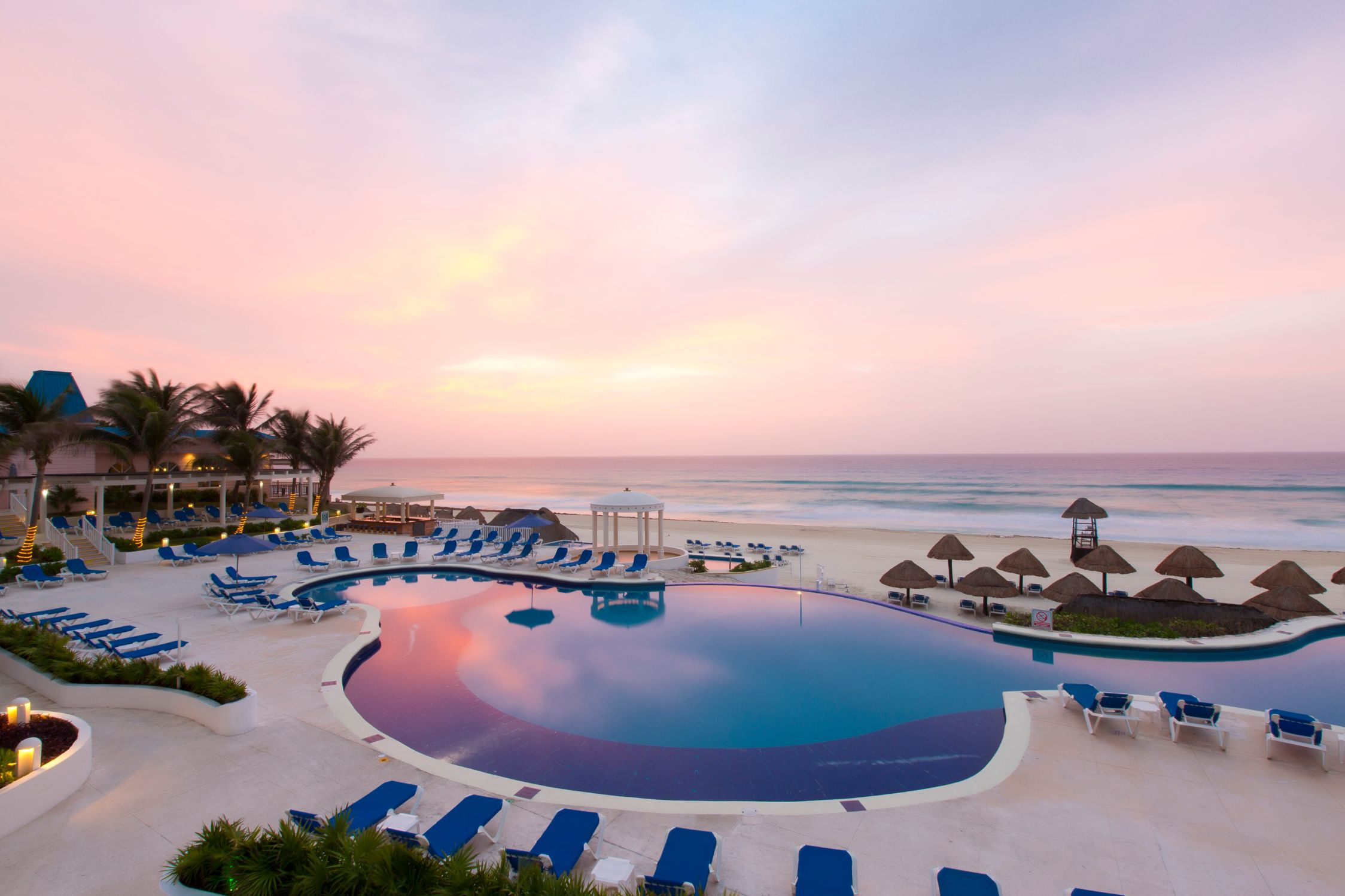 Golden Parnassus All Inclusive Resort & Spa Hotel - Cancún  -
